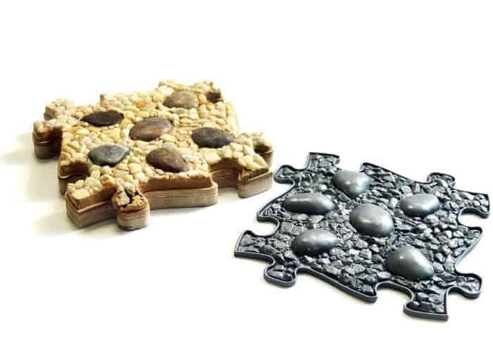 MUFFIK rocks and stones pebbles mat and its original mold