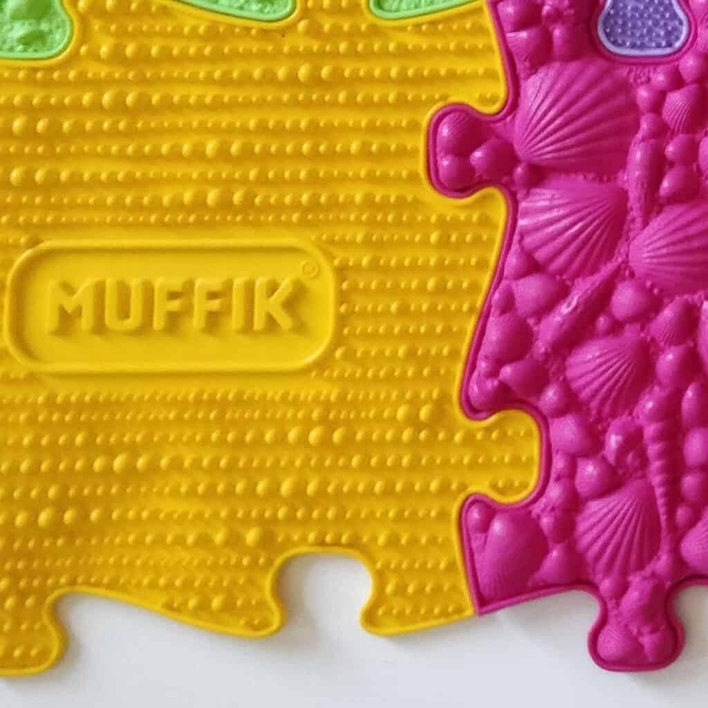 Muffik sensory playmats grid Medium set close up photo third