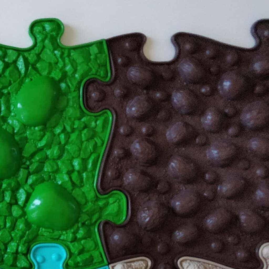 Muffik sensory playmats grid Medium set close up photo fourth